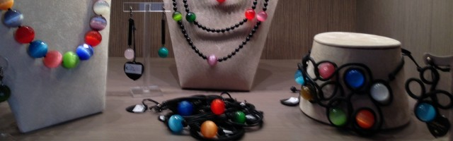 """Multicolor Beads"" collection"