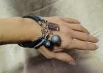 """Tris """"Charms Bracelets"""" plexi  indossato"""