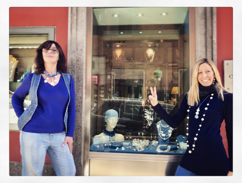"Sandra e Raffy presentano la Capsule Collection: ""Pearls & Denim"""