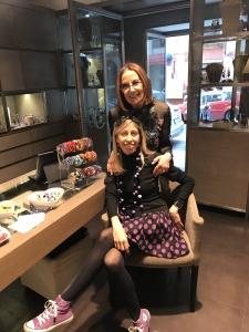 Cilla e Raffaella aprono il salotto di Cillabijoux alle loro clienti