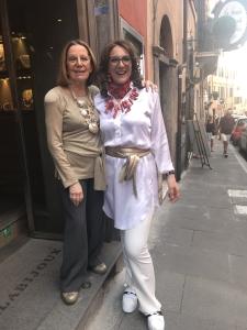 """Anche Barbara ha partecipato a """"I Venerdì da Cilla"""" di oggi, per lei splendide creazioni in corallo della collezione Haute Couture."""