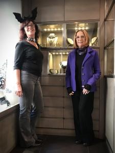 Sandra e Cilla vi aspettano in negozio!