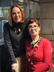 Cilla e Sandra indossano originali creazioni ispirate a San Valentino, vieni a scoprire tutta la collezione in negozio!