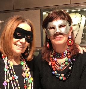 Supercolorate le creazioni di Cilla e Sandra... tanto colore e vivacità da indossare tutto l'anno!
